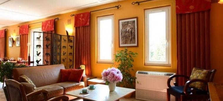 Brit Hotel Avignon Sud - Le Calendal: Habitaciòn AVIGNONE