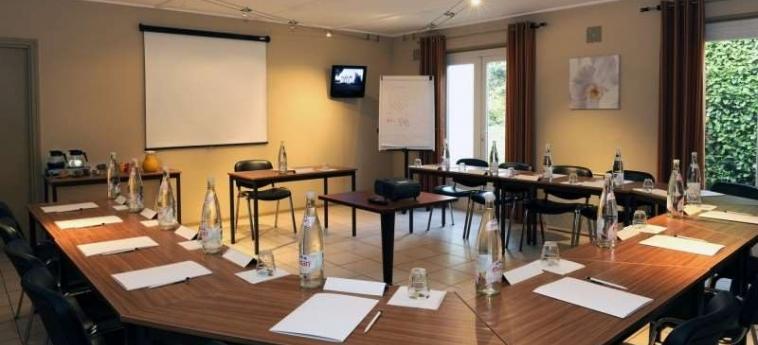 Brit Hotel Avignon Sud - Le Calendal: Sala Reuniones AVIGNONE