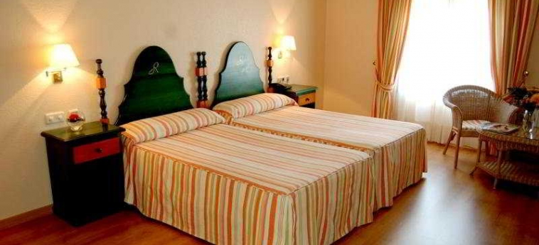 Hotel Mercure Rio Badajoz: Schlafzimmer BADAJOZ