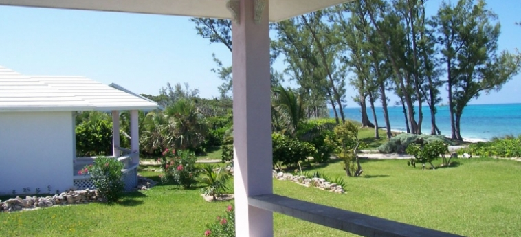 Hotel Cocobay Cottages: Jardin BAHAMAS