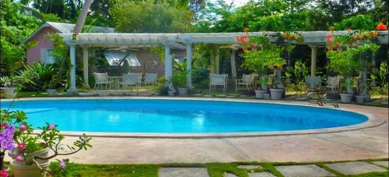 Orchard Garden Hotel: Swimming Pool BAHAMAS