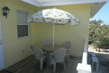 Hotel Tropical View Villa: Veranda BAHAMAS