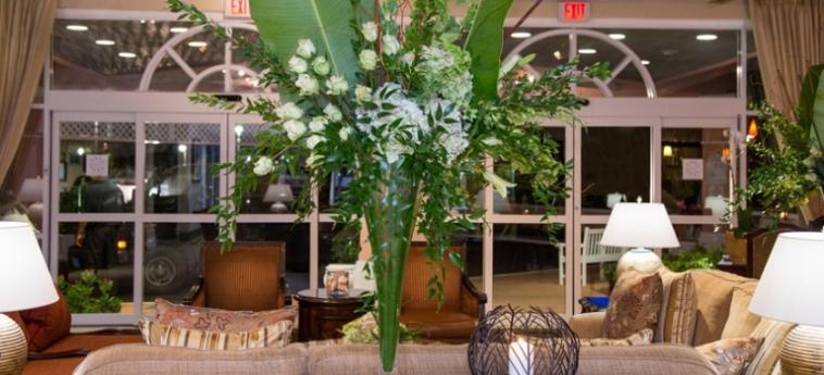 Hotel Comfort Suites Paradise Island: Lobby BAHAMAS