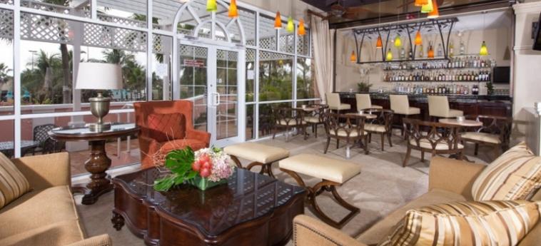Hotel Comfort Suites Paradise Island: Lounge Bar BAHAMAS