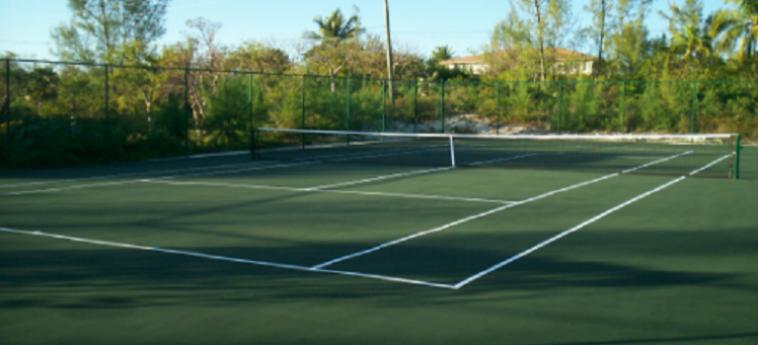 Hotel Unique Village: Pista de Tenis BAHAMAS