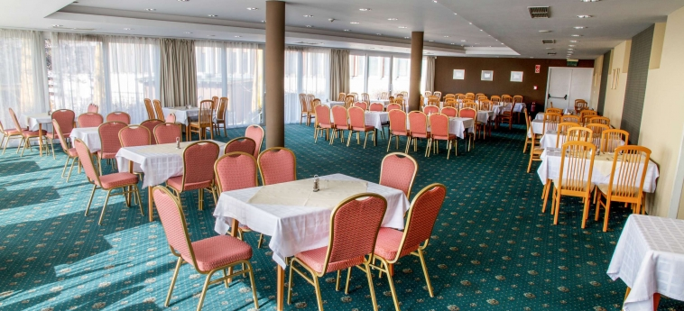 Hunguest Hotel Bal Resort: Restaurante BALATONALMADI
