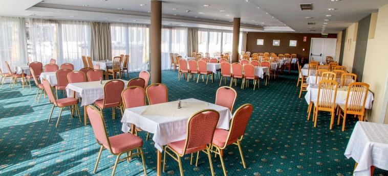Hunguest Hotel Bal Resort: Restaurant BALATONALMADI