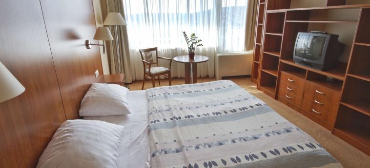 Hunguest Hotel Bal Resort: Schlafzimmer BALATONALMADI