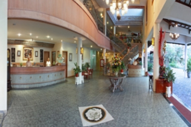 Hotel White Rose: Lobby BALI