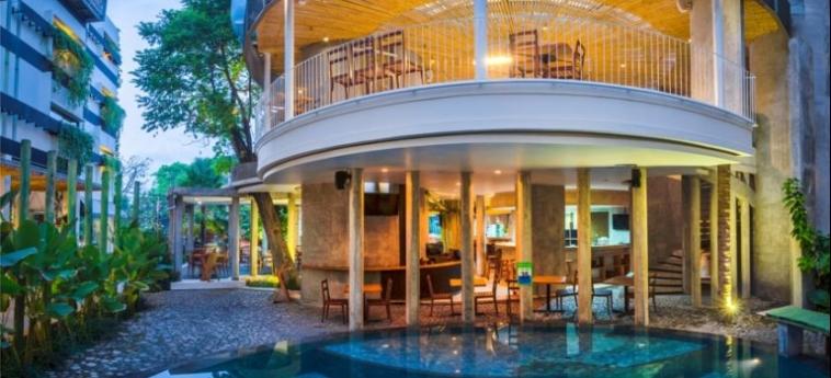 Grandmas Hotels Seminyak: Facade BALI