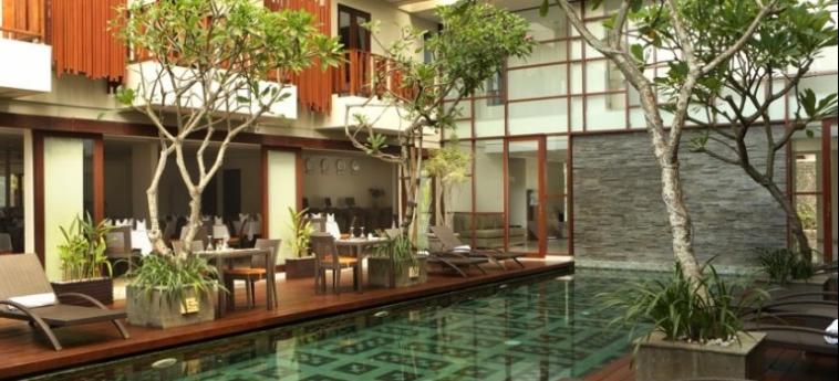 Sense Hotel Seminyak: Facade BALI