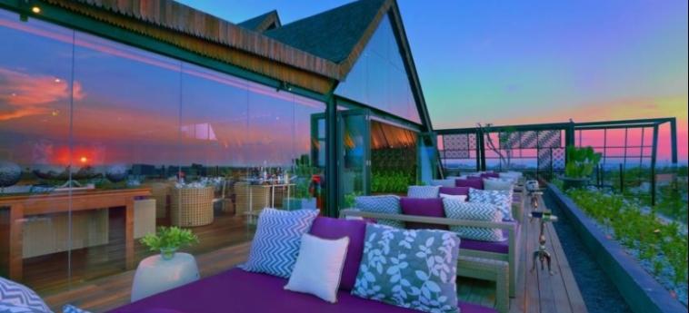 Hotel Vasanti Seminyak Resort: Terrasse BALI