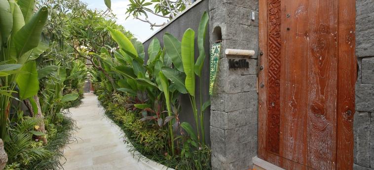 Hotel Ini Vie Villa: Couloir BALI