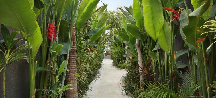 Hotel Ini Vie Villa: Jardin BALI