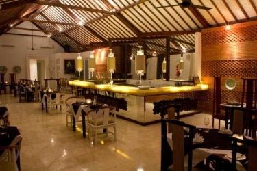 Hotel Abian Biu Mansion: Bar BALI