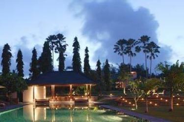 Hotel Tanah Gajah, A Resort By Hadiprana: Lounge Bar BALI