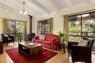 Hotel Countrywide Cottages: Living Room BAMBRA - VICTORIA
