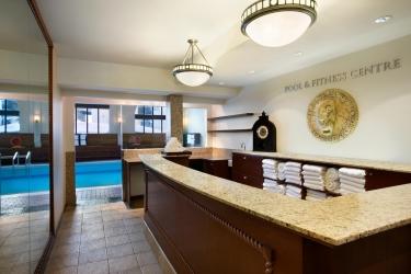 Hotel Fairmont Chateau Lake Louise: Swimming Pool BANFF