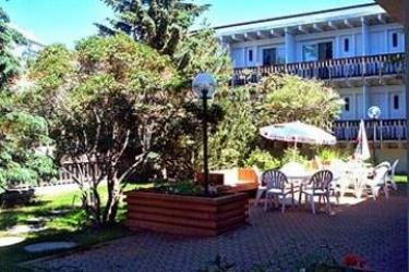 Hotel Canalta Lodge: Jardín BANFF