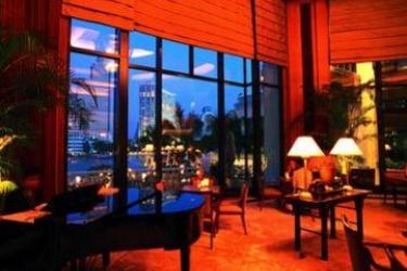 Hotel The Peninsula Bangkok: Lobby BANGKOK