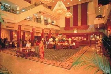 Hotel Twin Towers: Sala BANGKOK