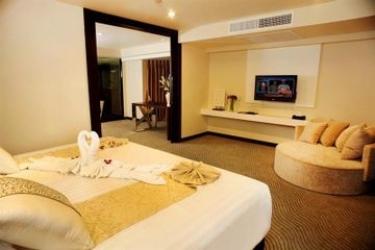 Hotel Furama Silom, Bangkok: Camera Suite BANGKOK