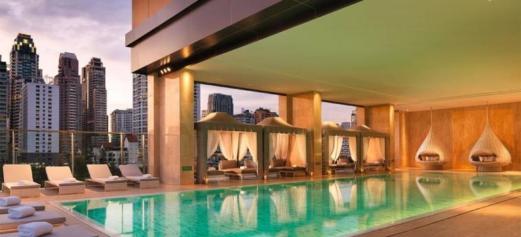 Hotel Oriental Residence Bangkok: Swimming Pool BANGKOK