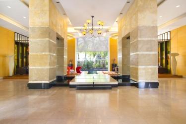 Hotel Urbana Langsuan Bangkok: Lobby BANGKOK