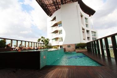 Hotel Urbana Langsuan Bangkok: Piscina BANGKOK