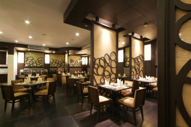 Amora Neoluxe Hotel: Restaurant BANGKOK