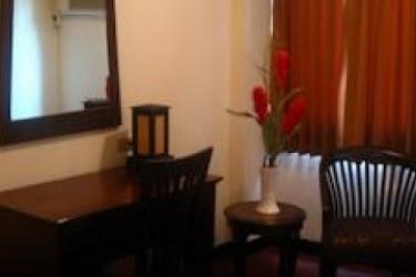 Hotel Nana City Inn: Pista de Tenis BANGKOK