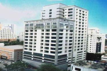 Cape House Serviced Apartement: Esterno BANGKOK