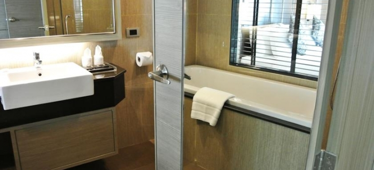 Hotel Grand Swiss Sukhumvit 11 By Compass Hospitality: Cuarto de Baño BANGKOK