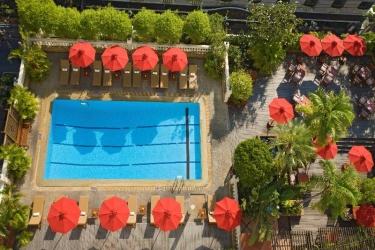 Boulevard Hotel Bangkok: Exterieur BANGKOK