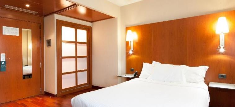 Hotel Ciutat Martorell: Schlafzimmer BARCELONA