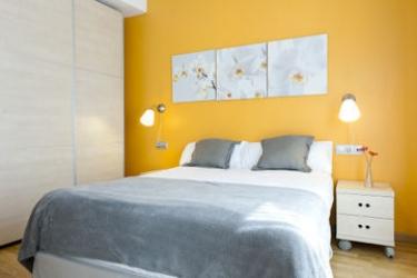 Mh Apartments S. Familia: Standard Room BARCELONA