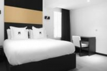 Hotel Amra Barcelona Caspe: Entrada BARCELONA