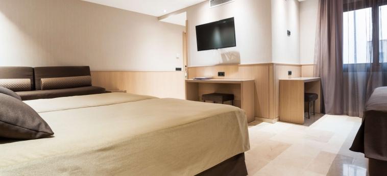 Gran Hotel Barcino: Habitaciòn Cuàdruple BARCELONA