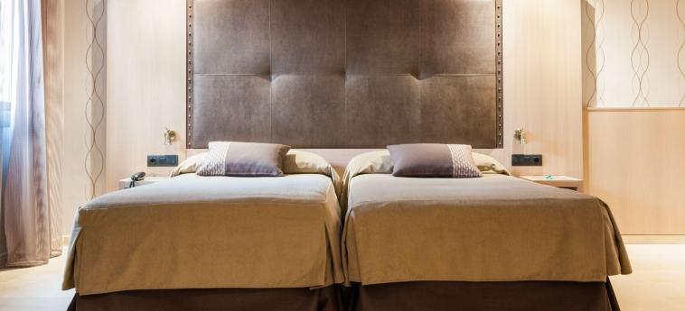 Gran Hotel Barcino: Habitaciòn BARCELONA