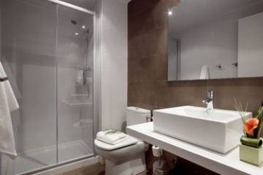 08028 Apartments: Chambre Supérieure BARCELONE