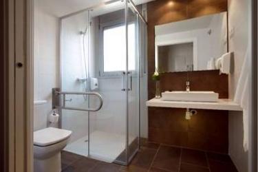 08028 Apartments: Chambre Unique BARCELONE