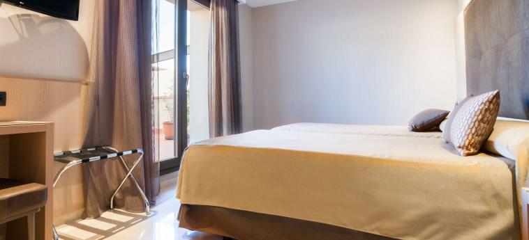 Gran Hotel Barcino: Chambre Double BARCELONE