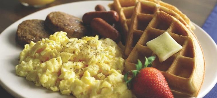Hotel Comfort Inn Barrie: Breakfast BARRIE - ONTARIO