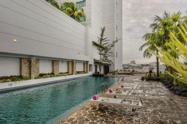 Hotel Panorama Regency: Piscina al aire libre BATAM ISLAND