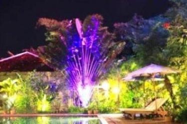 Hotel Phka Villa: Außenschwimmbad BATTAMBANG