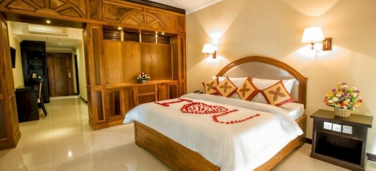Classy Hotel & Spa: Detalle de la Villa BATTAMBANG