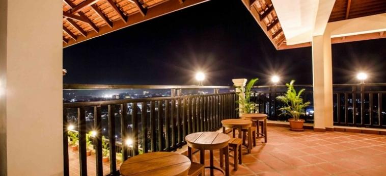 Classy Hotel & Spa: Campo da Basket BATTAMBANG