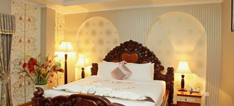 King Fy Hotel: Habitaciòn Classica BATTAMBANG