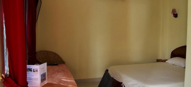 Hotel Sangker Villa: Salotto BATTAMBANG