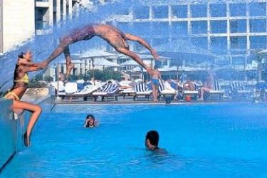 Hotel Sheraton Coral Beach: Piscina Esterna BEIRUT